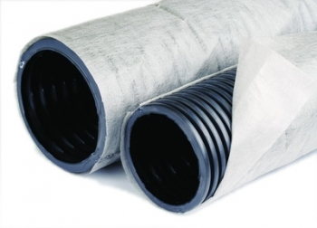 Труба дренажная 2-ст. ф160 с перфорацией в фильтре геотекстиль Typar SF27